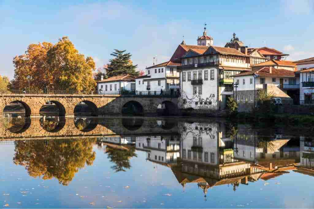 Buy House in Chaves